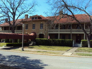 Fort Sam Houston (Joint Base San Antonio) Directory - IHG Army Hotels Sam Houston & Foulois Houses photo number 2
