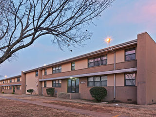 Fort Sill Directory - IHG Army Hotels 5670 Series photo number 2
